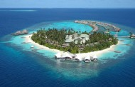 Holiday Island Resort 4* – €1100/Person