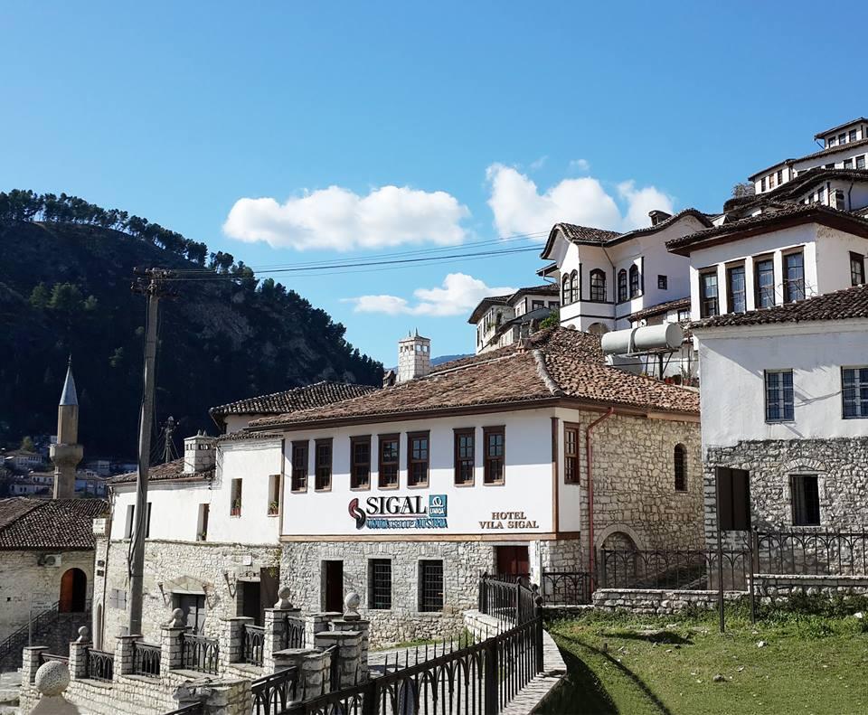 Vila SIGAL Berat  – 50 Euro/ Cifti