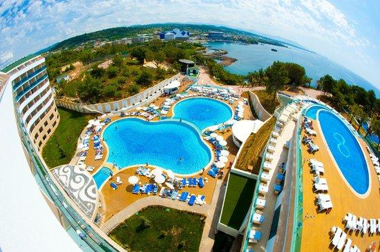 WATER PLANET DELUXE HOTEL & AQUAPARK 4* – CMIMI 575 EURO