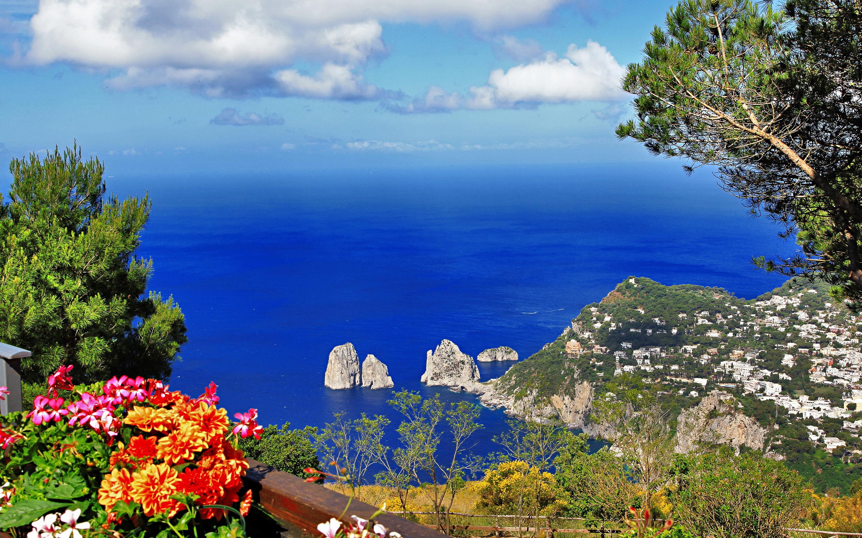 Pranverë në Napoli dhe Sorrento – 5 Ditë €259