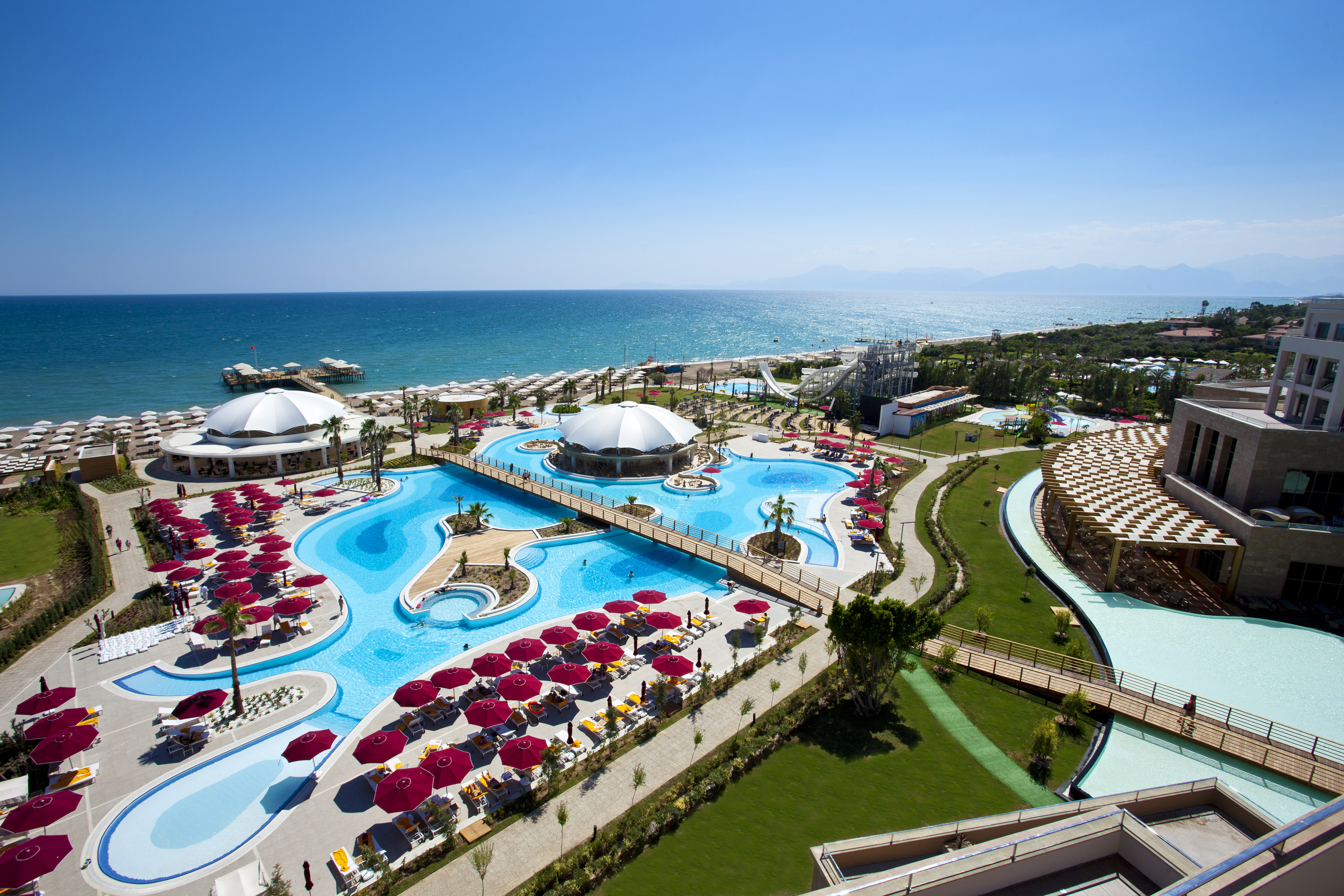 Kaya Palazzo Golf Resort 5* – 1339 Euro/Person