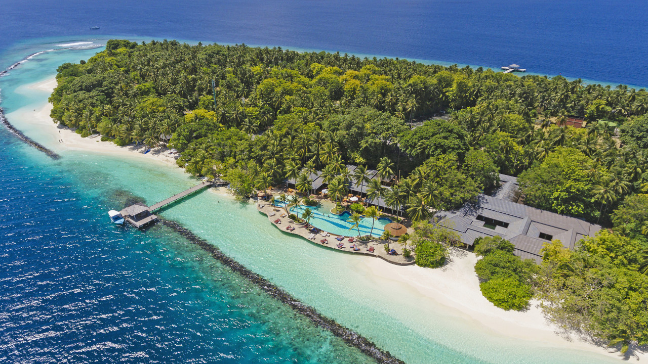 Royal Island Resort 5* – 1720 Euro/Person